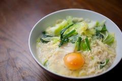 Tagliatelle di Ramen familiari giapponesi di cucina Fotografie Stock Libere da Diritti