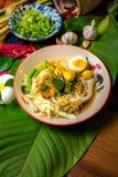 Tagliatelle di riso con la salsa di pesce piccante Fotografia Stock Libera da Diritti