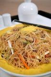 Tagliatelle fritte cinesi Immagini Stock