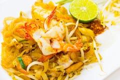 Tagliatelle fritte stir tailandese Fotografia Stock