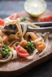 Tagliatelle и schrimps Стоковые Изображения