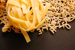 Tagliatelle y pastas de la sopa Fotos de archivo libres de regalías