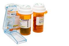 Taglierina della pillola Fotografie Stock Libere da Diritti