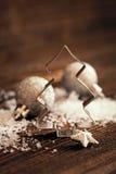 Taglierina e neve del biscotto Fotografia Stock Libera da Diritti