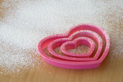 Taglierine Heart-shaped del biscotto Immagine Stock