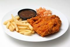 Taglio del pollo con i chip Fotografia Stock Libera da Diritti
