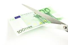 Taglio dell'euro Immagini Stock