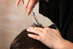 Taglio di capelli Immagini Stock