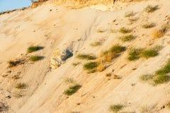 Taglio geologico delle sabbie immagine stock