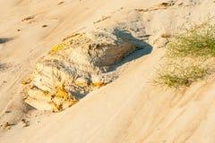 Taglio geologico delle sabbie immagini stock