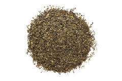 Taglio organico della bustina di tè del tè verde (camellia sinensis), foglie secche Immagini Stock Libere da Diritti