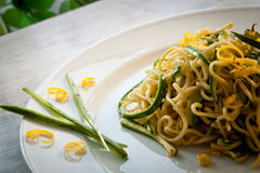 Tagliolini com courgettes foto de stock royalty free