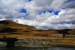Tagong tempel, en berömd tempel Sakya för tibetan buddism Royaltyfri Bild