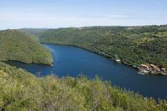 Tagus River i dess internationella kurs mellan Spanien och Portugal Arkivfoto