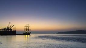 Tagus rzeka, żurawie i statek, Zdjęcie Royalty Free
