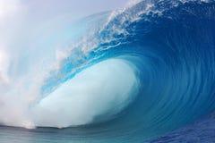 tahiti wave fotografering för bildbyråer