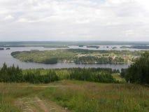Tahko, het meergebied van Finland, in de zomer Stock Fotografie