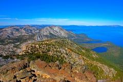 Tahoe湖鸟瞰图从Tallac山会议的  图库摄影