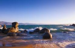 tahoe быстроходного катера озера пляжа Стоковые Изображения