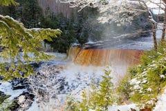 Tahquamenon понижается в зиму Стоковая Фотография RF