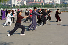 Tai Chi in de ochtend, China Stock Foto