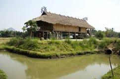 Tai tamy muzeum etniczny dom dla tajlandzkich ludzi i obcokrajowa podróżnika odwiedza Fotografia Stock