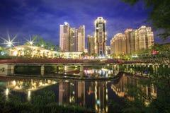 Taichungnacht, Taiwan met aardige backgrondkleur Stock Foto's