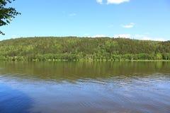 Taiga och flod Kan Arkivbild