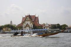 Tailândia, Banguecoque, o rio de Chao Praya Fotografia de Stock