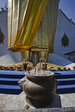 Tailândia, Banguecoque, templo de Indrawiharn Fotos de Stock