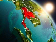 Tailândia do espaço durante o nascer do sol ilustração do vetor