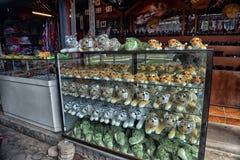 Tailândia, Pattaya, 26,06,2017 brinquedos macios no contador do assim Imagem de Stock