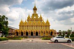 Tailândia Wat Tha Sung Golden Castle o melhor marco do turismo dentro imagem de stock