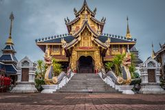 Tail?ndia ?Wat Den Salee Sri Muang Gan nomeado templo Wat Ban Den ? imagens de stock