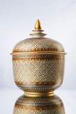 Tailandês handcraft a bacia Imagens de Stock