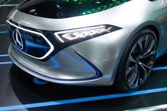Tailandia - diciembre de 2018: Modelo el?ctrico del concepto de Mercedes Benz Eqa para el coche futuro en sal?n del autom?vil cie imagen de archivo libre de regalías
