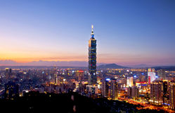 Taipeh-Stadtnachtansicht Lizenzfreie Stockfotografie