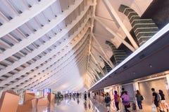 TAIPEH, TIWAN - 7,2017 OKTOBER: Binnenlandse mening van internationaal de luchthaven Uniek ontwerp van Taoyuan, de belangrijkste  Stock Foto's