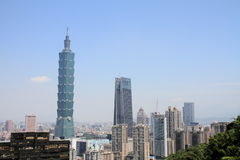 Taipei 101 da montanha de Xiang em Taipei, Taiwan, ROC Imagens de Stock Royalty Free