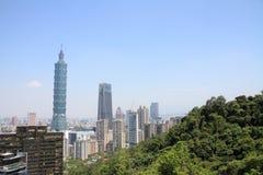 Taipei 101 dalla montagna di Xiang in Taiwan Fotografia Stock Libera da Diritti
