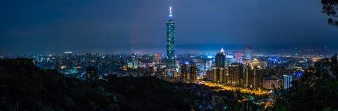 Taipei miasto przy nocą, Tajwan Obraz Royalty Free