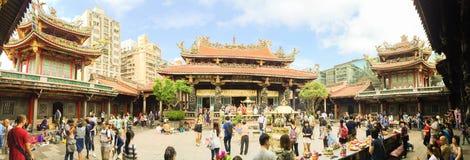 Taipei miasto Tajwan, Listopad, - 22, 2016: Lungshan świątynia Manko Obraz Royalty Free