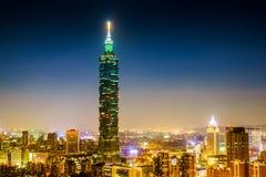 Taipei sikt för 101 natt Royaltyfri Fotografi