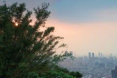Taipei stad på solnedgången Royaltyfria Bilder