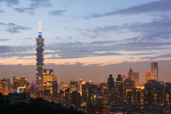 Taipei stadsnatt royaltyfri fotografi