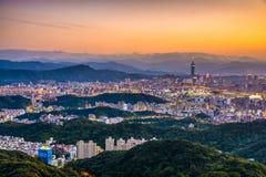 Taipei Taiwan horisont royaltyfri fotografi