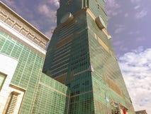 Taipei Taiwan - November 22, 2015: Taipei 101 torn, sikt från Arkivbild