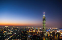 Taipei una vista di 101 notte Immagini Stock Libere da Diritti