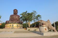 Taiwan: Acht Trigram-Berg Buddha Stockfoto