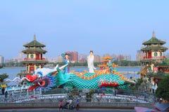 Taiwan: De lente en Autumn Pavilions royalty-vrije stock afbeeldingen